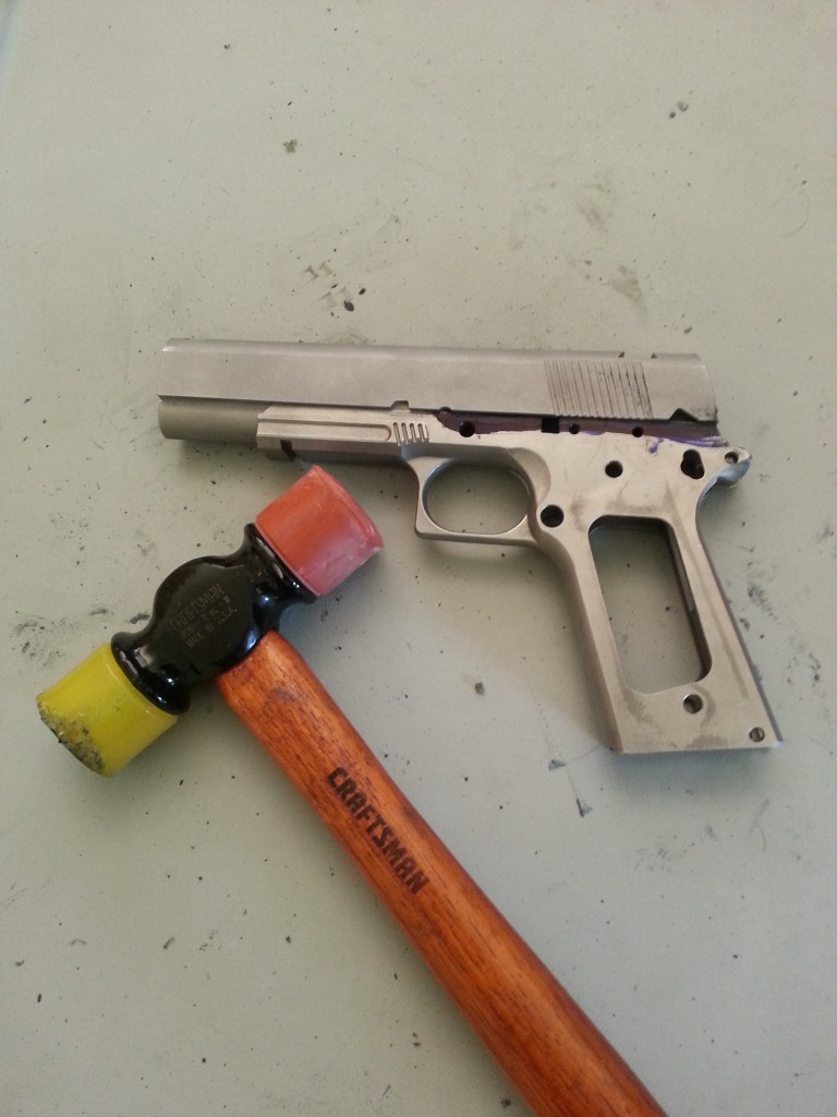 Hammer Fitting the 1911 Slide
