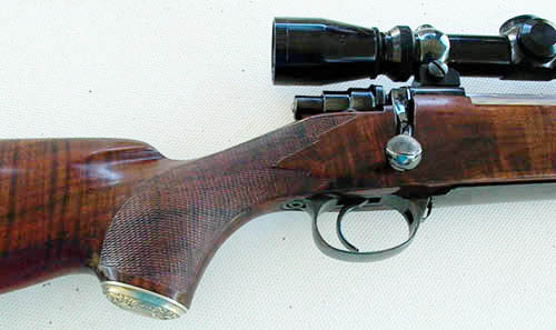 Traditional Rifle Grip