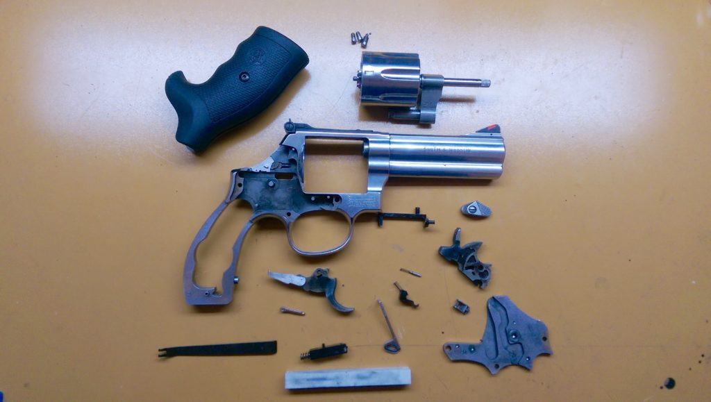 S&W 686 Disassembled