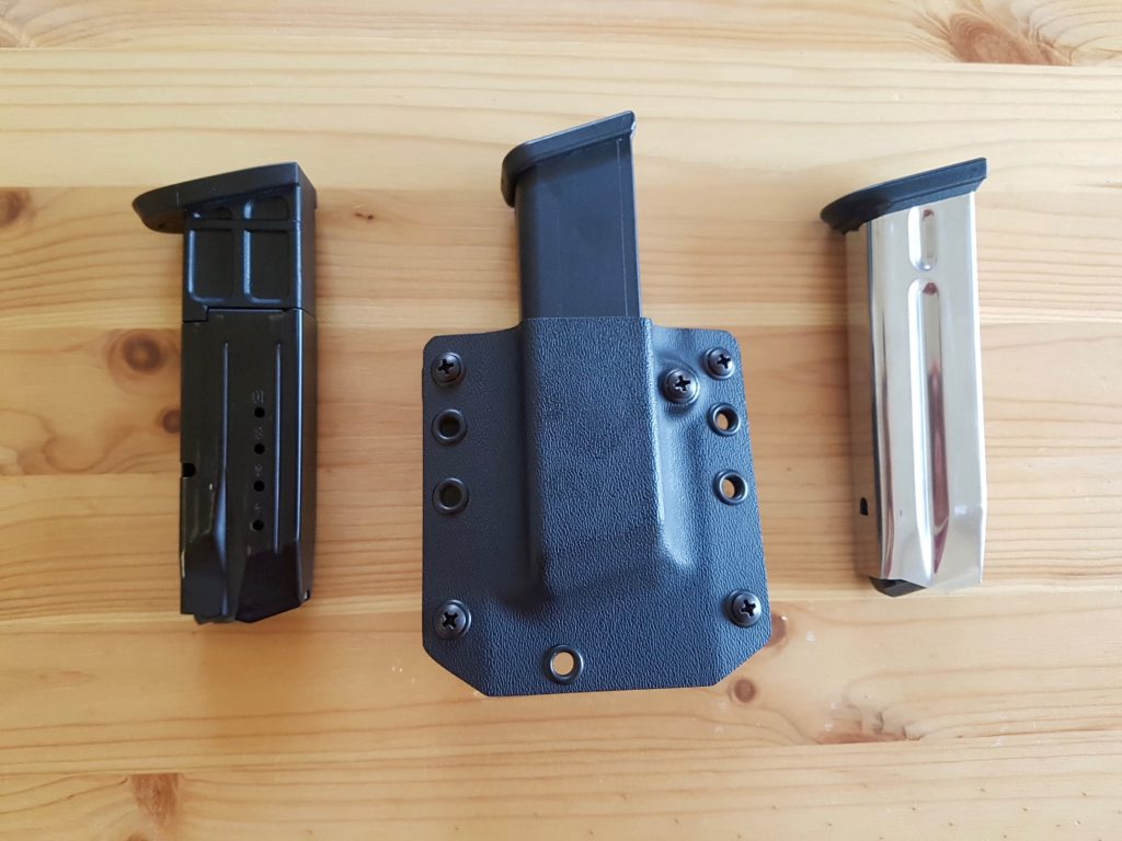 Bravo Concealment Universal Mag Holster