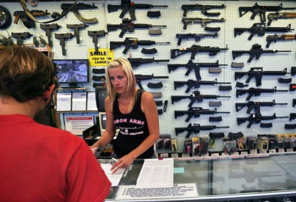 colorado gun store law