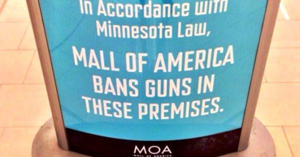 Mall of America no guns sign