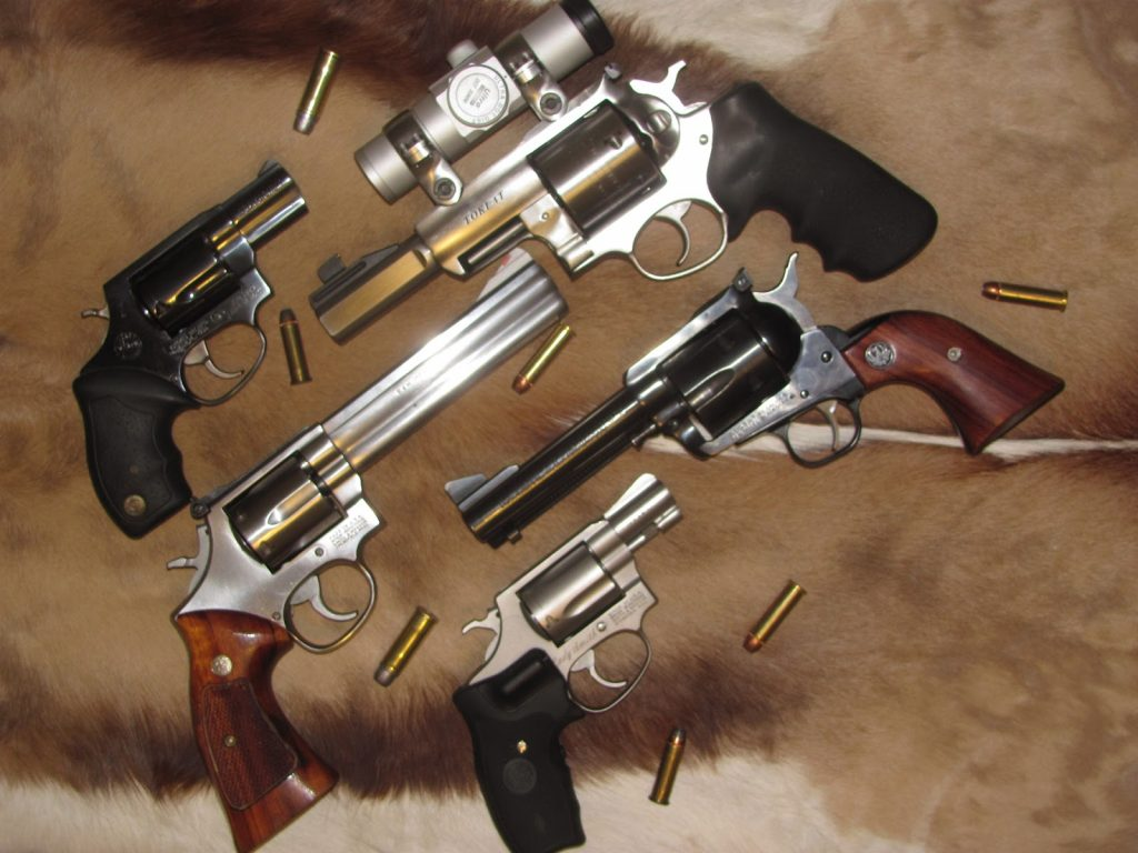 Best Beginner Revolvers: Six Guns For Everyone - Pew Pew