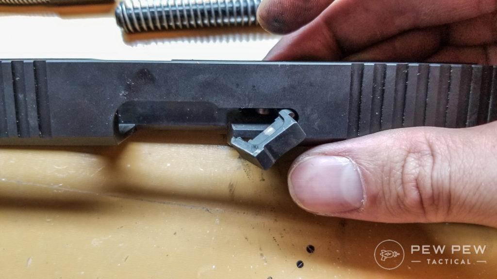 Glock Extractor Orientation