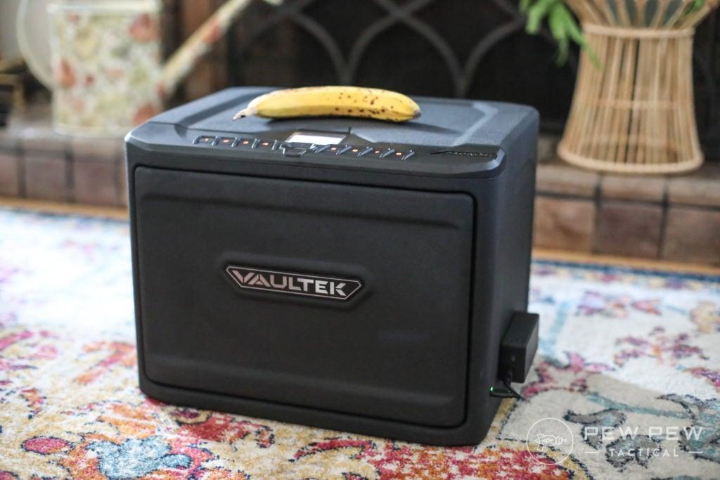Vaultek MXi, Banana for Scale