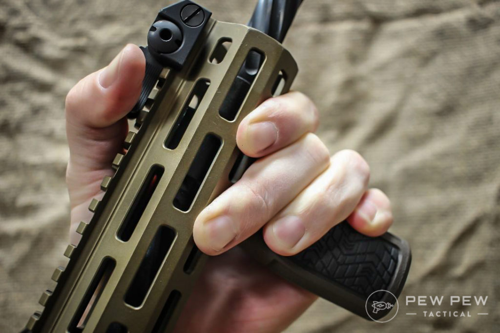 Daniel Defense Vertical Grip (2)