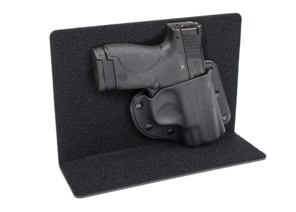 11 Best Glock 19 Holsters [2019]: Concealed & OWB - Pew Pew