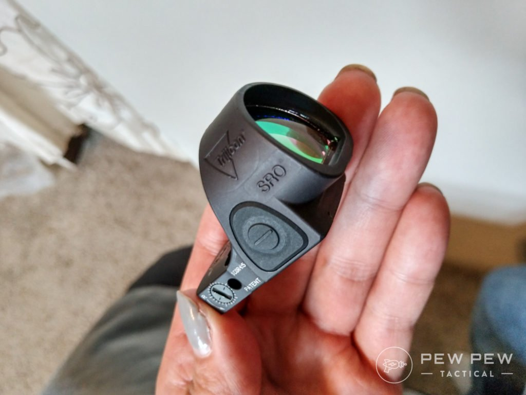 Trijicon SRO in hand