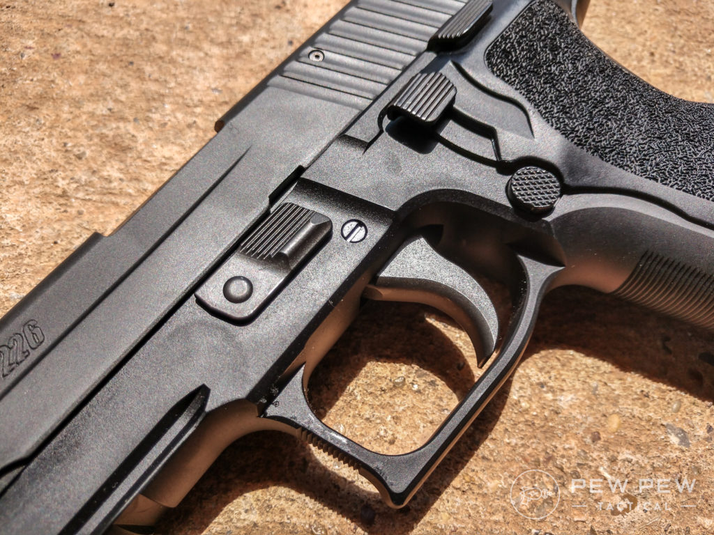 Sig P226 controls 2