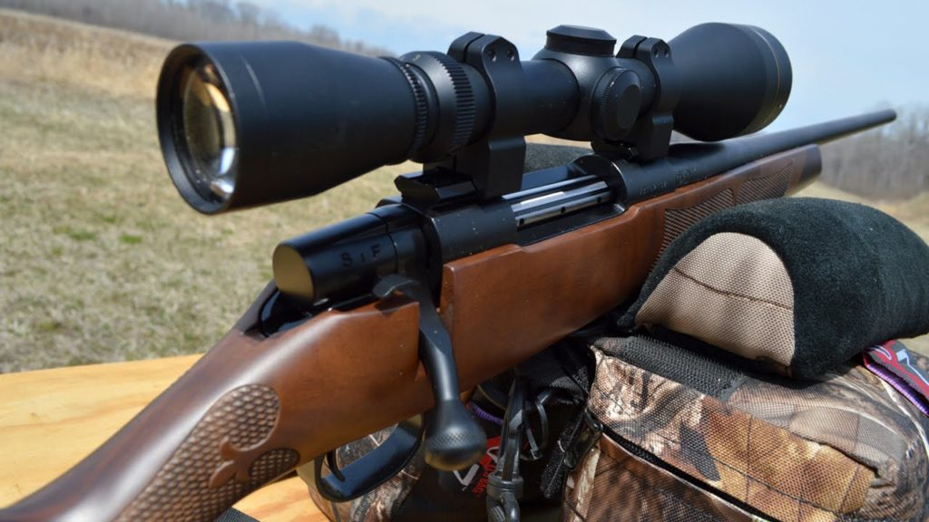 Weatherby Vanguard Camilla with a scope