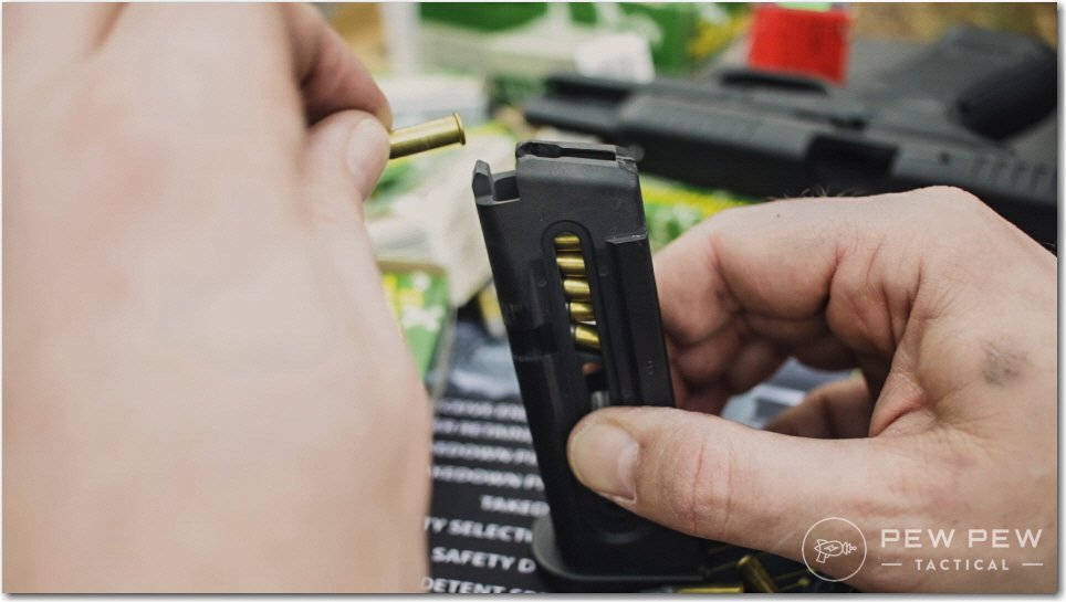 Loading Glock 44 Mags