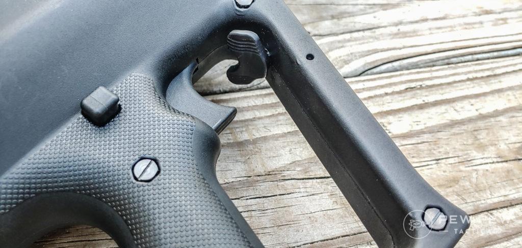 Tavor Shotgun trigger and controls