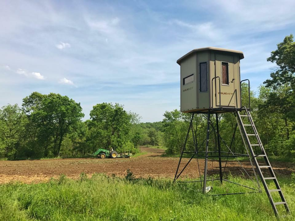 Muddy Outdoors Penthouse Box Blind Elevated