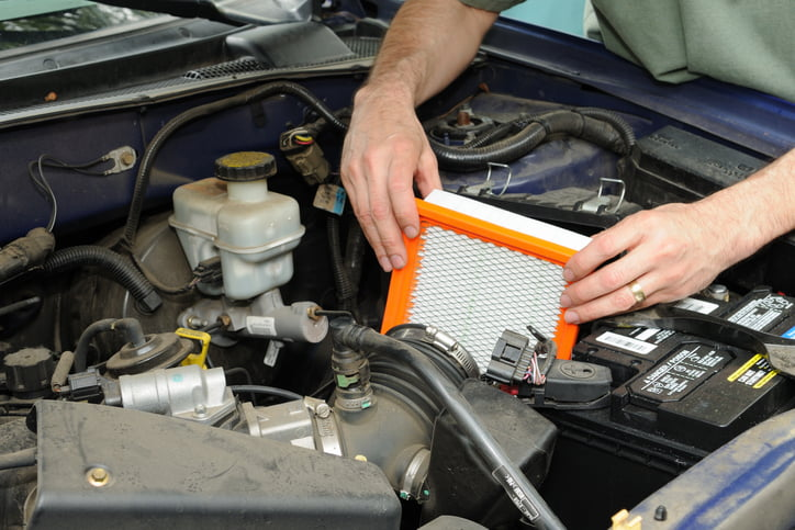 Installing a clean air filter