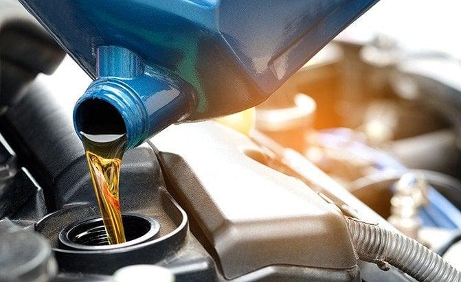 motor oil (Auto Guide